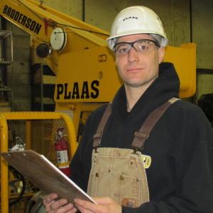 Plaas Supervisor Tim Davis